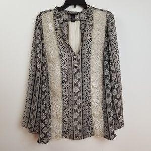 Lane Bryant lace insert blouse top size 18/20.